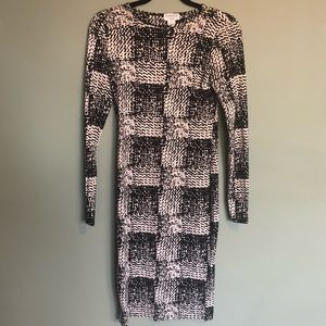 Carmen Marc Valvo Patterned Midi Dress